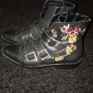 Zara embroidered boots